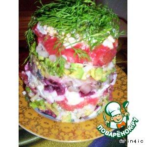 Рецепт: Салат с авокадо, сельдью и свеклой