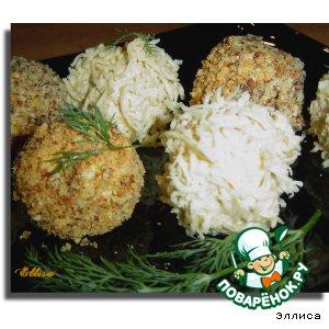 Рецепт: Сырно-ореховые шарики с красной икрой