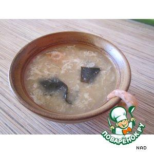 Рецепт: Японский суп с креветками и яйцом