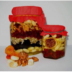Рецепт: Орехи и сухофрукты в меду «Презент»