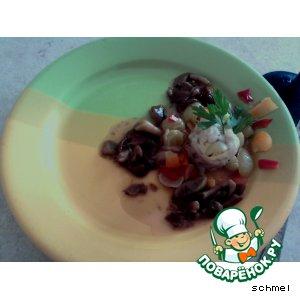 Рецепт: Рулетики рыбные с сыром и виноградом