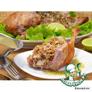 Рецепт: Запечeнная в духовке утка с соусом из крыжовника