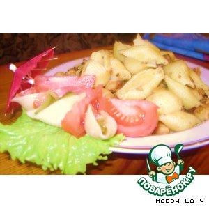 Рецепт: Макароны с курицей, грибами и томатами