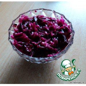 """Рецепт: Вегетарианский салат """"Свекольно-яблочный хрустик"""""""
