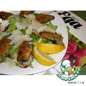 Рецепт: Теплый салат с мидиями и соусом из анчоусов