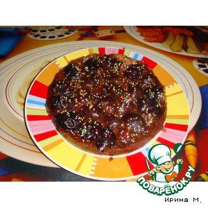 Рецепт: Шоколадный пирог со сливами и миндалем