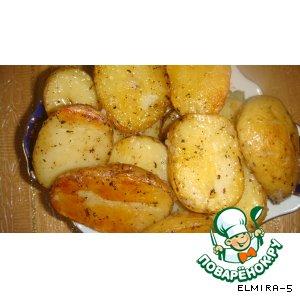 Рецепт: Запечeнный картофель с чесноком
