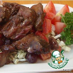 Рецепт: Горячий салат из куриной печени