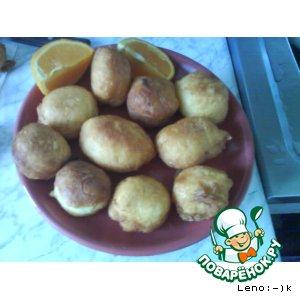 Рецепт: Апельсиновые пончики в медовом сиропе