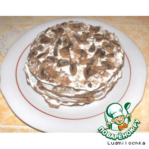 Рецепт: Печеночный торт с шампиньонами