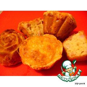 Рецепт: Пряные маффины с беконом и двумя видами сыра