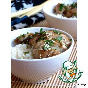 Рецепт: Курица с имбирем в медово-кунжутном соусе
