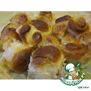 Рецепт: Запеченные в молоке булочки Осиное гнездо