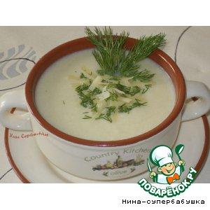 Рецепт: Суп-пюре из цветной капусты с пармезаном