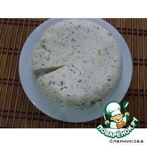 Рецепт: Сыр домашний с зеленью и чесноком