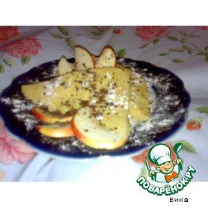 Рецепт: Яблочный бисквит за 5 минут