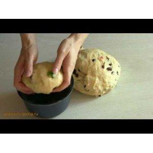 Рецепт: Пасхальный кулич с цукатами и изюмом