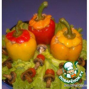 Рецепт: Перец, фаршированный рисом, помидорами и грибами