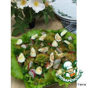 Рецепт: Салат из брокколи и перепелиных яиц