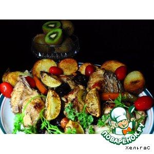Рецепт: Курица с киви и черносливом
