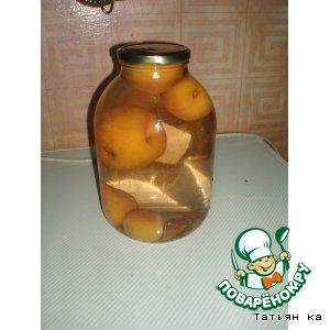 Рецепт: Компот из целых персиков