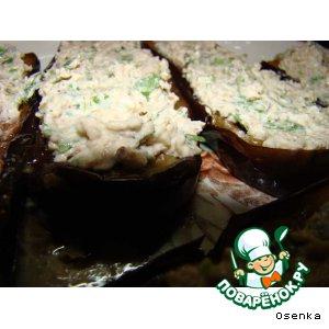Рецепт: Баклажаны-лодочки  с орехами и чесноком