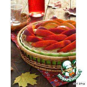 Рецепт: Кремовый пирог с персиками и розовой водой