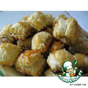 Рецепт: Слойки с орешками