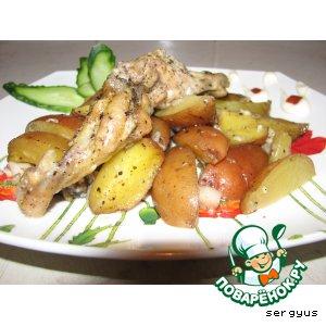 Рецепт: Картофель, запеченный с куриными крылышками