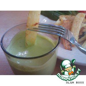 Рецепт: Картофель с луковым и томатным соусами