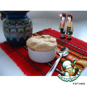 Рецепт: Рисовый пудинг с яблоком и меренгой
