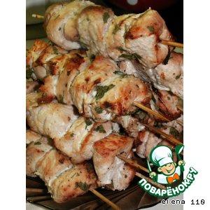 Рецепт: Шашлык из индейки с луком и кинзой