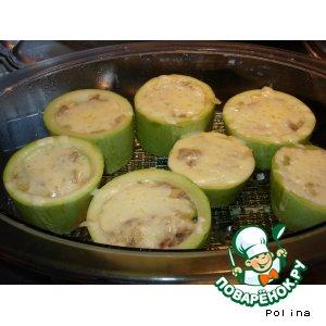 Рецепт: Кабачки с фаршем и сыром