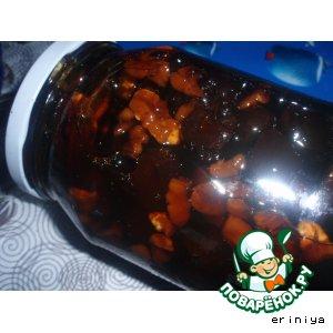 Рецепт: Сливовое варенье с орехами