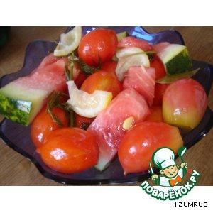 Рецепт: Ассорти из помидор и арбуза