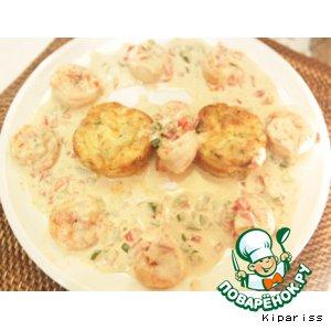Рецепт: Креветки в сливочном соусе и гратен из цуккини
