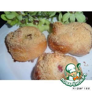 Рецепт: Булочки с ананасом и персиком