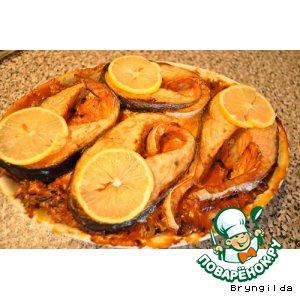 Рецепт: Форель, запеченная в остром пряном соусе