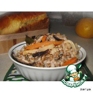 Рецепт: Гречневый плов с сельдереем и грибами
