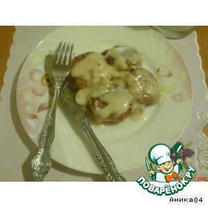 Рецепт: Сырники, томленые в сметанном соусе