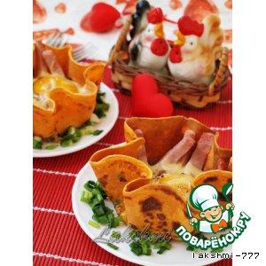 Рецепт: Яичница с ветчиной в томатных блинчиках