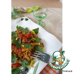 Рецепт: Маш с луком-пореем и вялеными помидорами