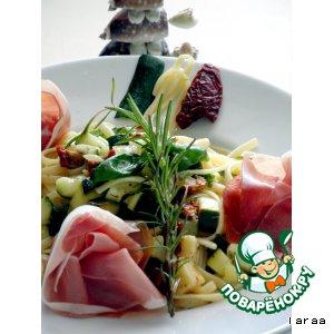 Рецепт: Салат из пасты с маринованными овощами