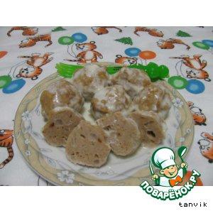 Рецепт: Фрикадельки под молочным соусом