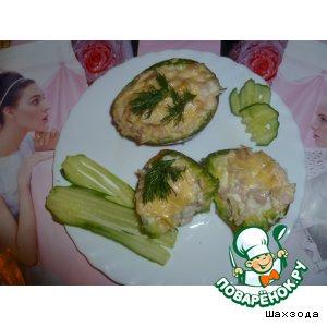 Рецепт: Авокадо, запеченное с курицей Загадка