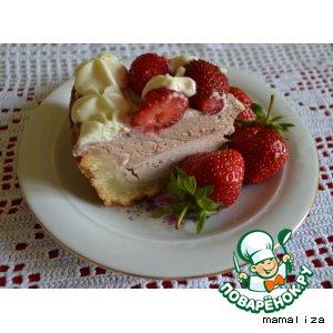 Рецепт: Творожный торт с клубникой в сливках