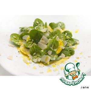 Рецепт: Листья шпината с яблоком и сыром
