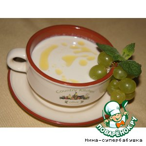 Рецепт: Испанский холодный миндальный суп