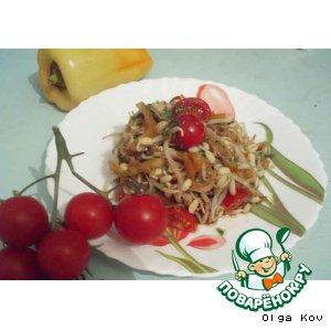 Рецепт: Салат из проростков маша и помидоров черри