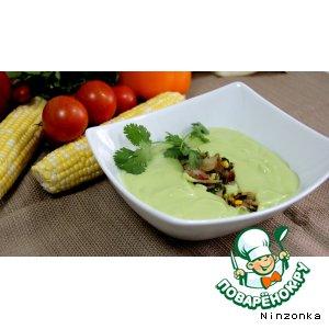 Рецепт: Холодный суп из авокадо с начинкой